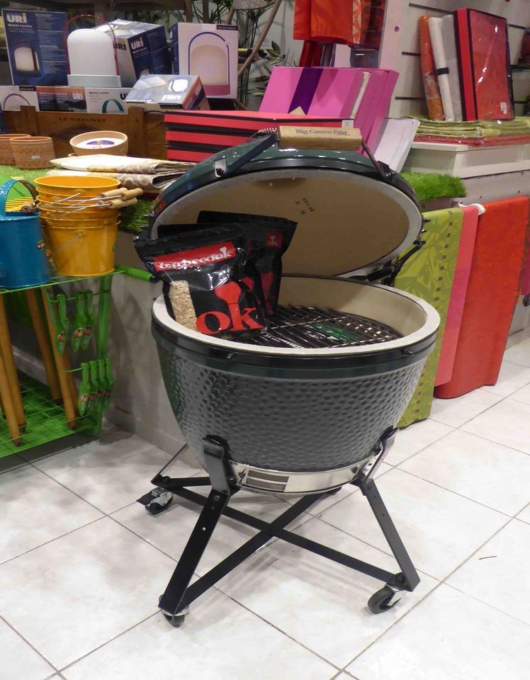barbecue-green-big-egg-hyeres-var (1)